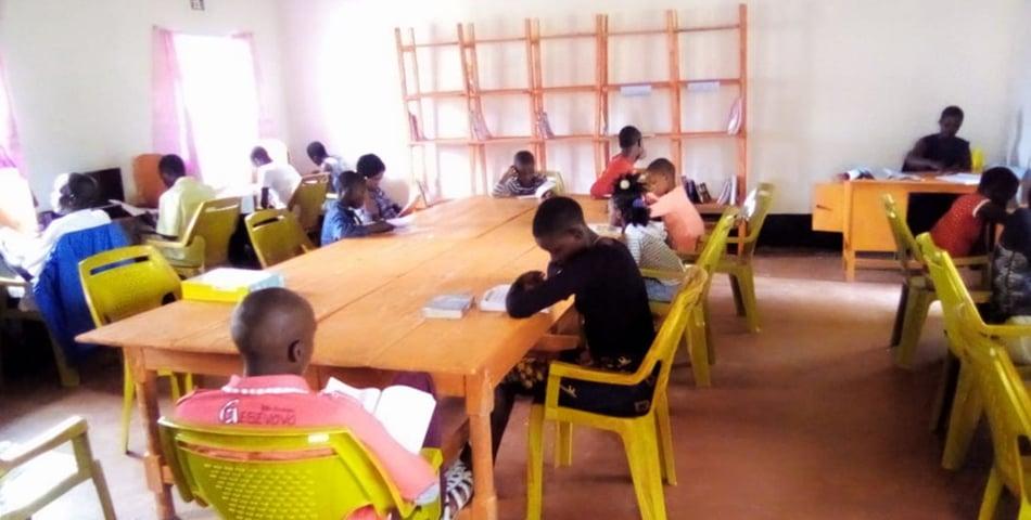 BlenderBottle_Sponsors_a_Library_in_Kenya
