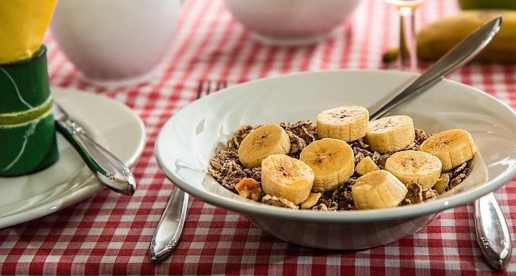 rsz_cereal-898073_1920 Cropped.jpg