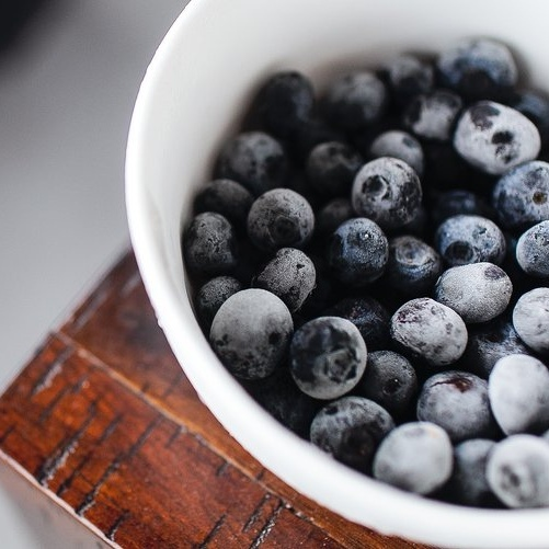 8 Healthy Snacks for Sweet Tooth Cravings